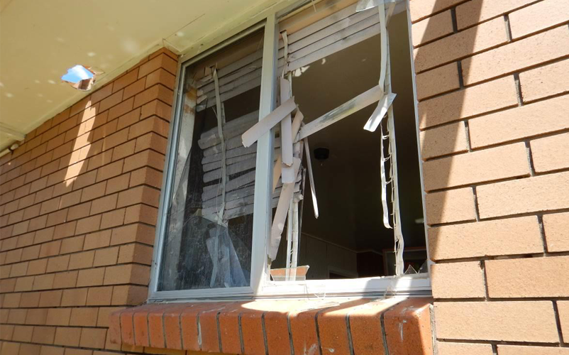 Windborne debris failure of a window without opening protection in Yeppoon, following Tropical Cyclone Marcia. Image: Courtesy Smith, Henderson & Terza (2015)